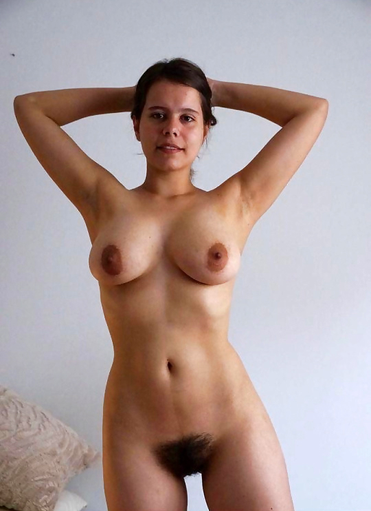 hot naked chicks with camel toes